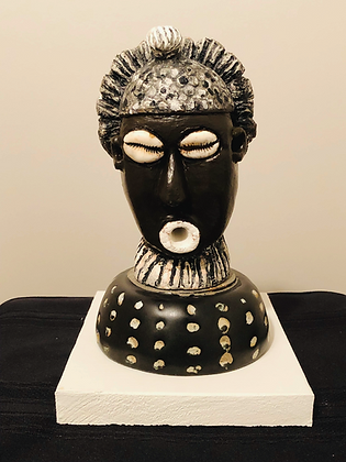 Sculpture: Bassa Woman