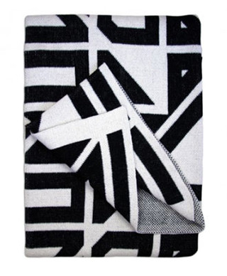 lulu-Georgia-milas-throw-blanket $178.jp