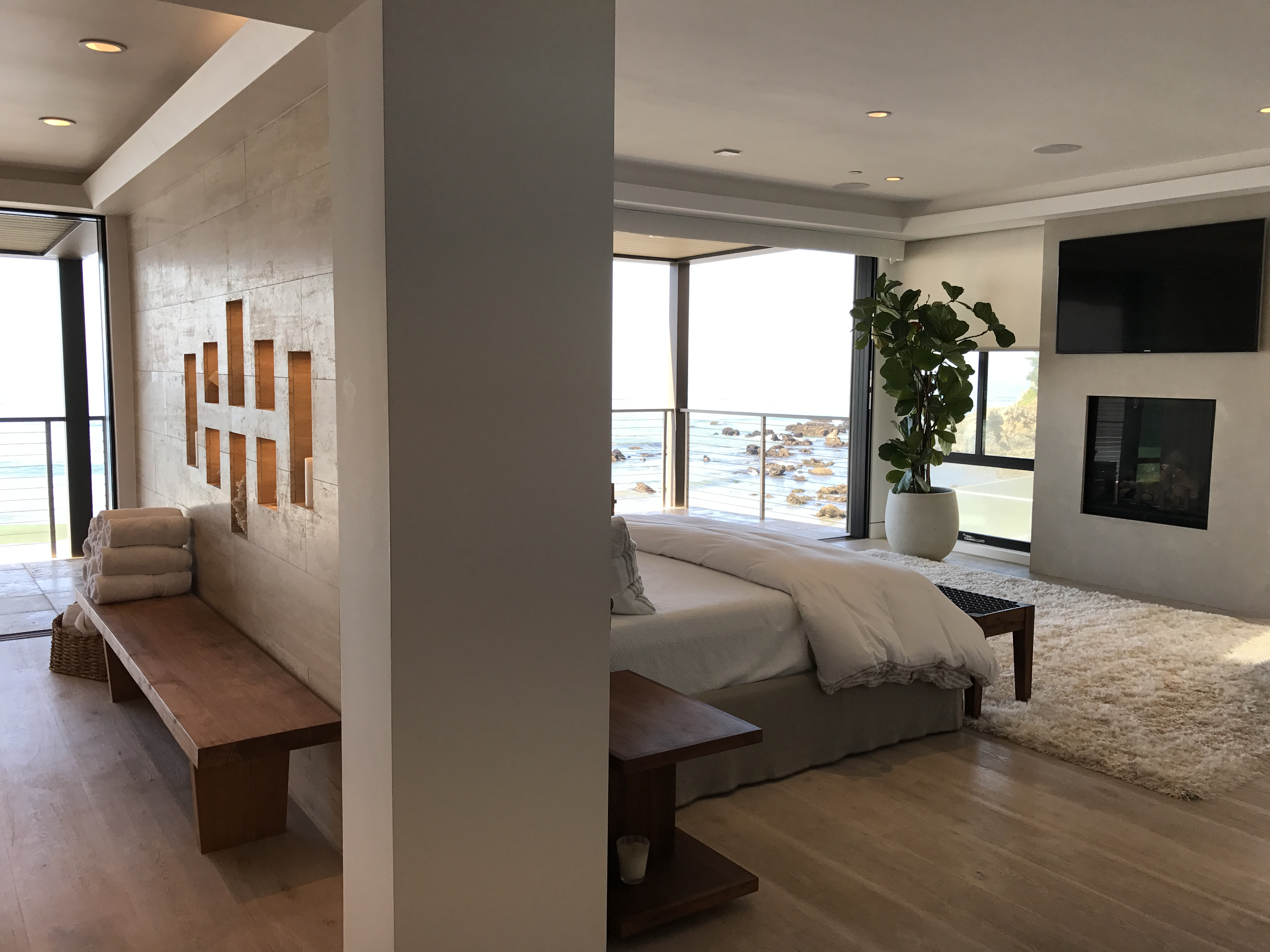 Malibu Broad Beach Master Suite