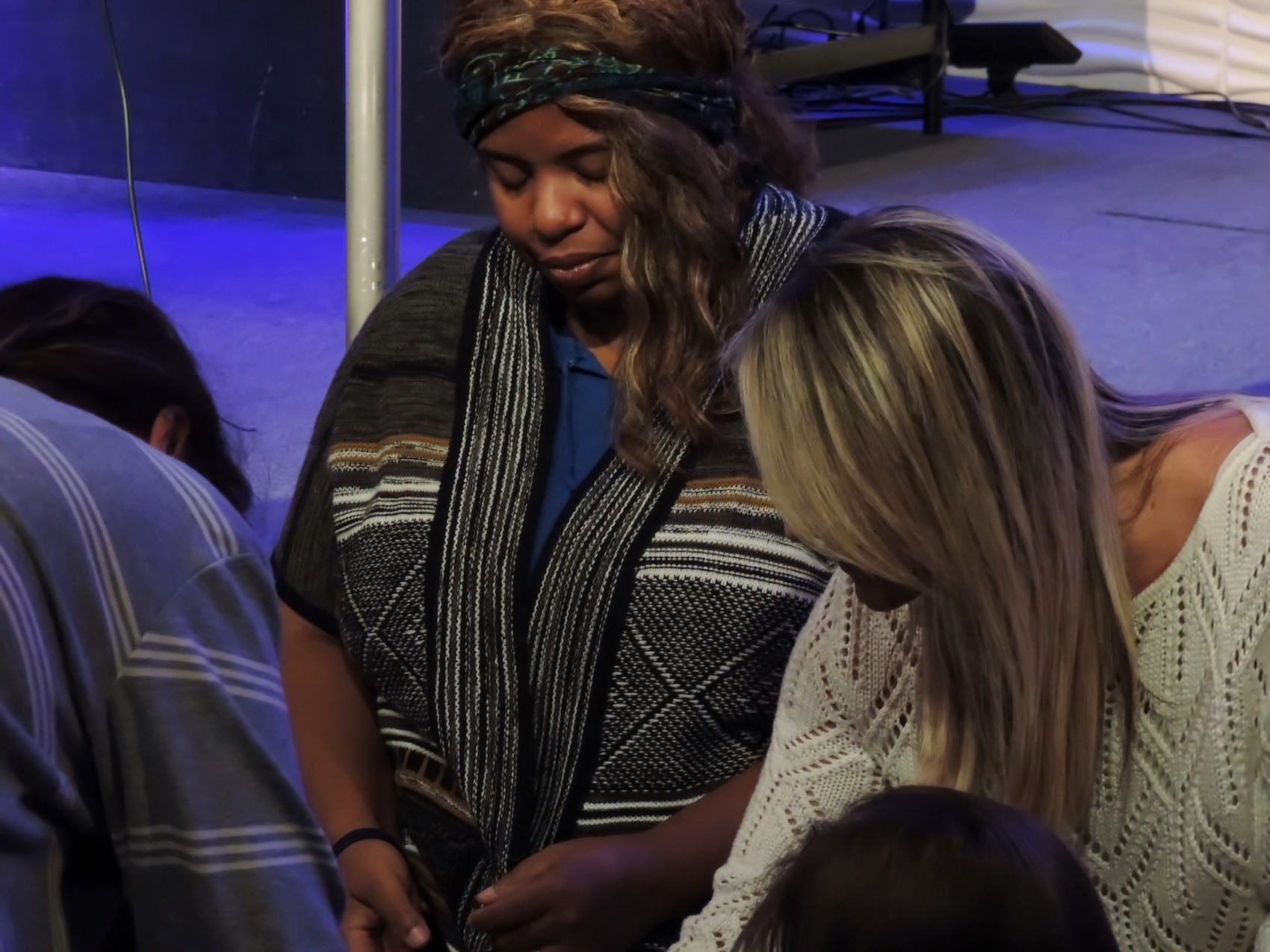 lady-healing-prayer