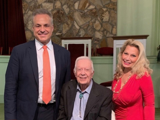 Clint Arthur, President Jimmy Carter, and Ali Savitch