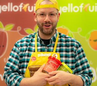 text-talk with Andrew Kinnear, President, Yellofruit