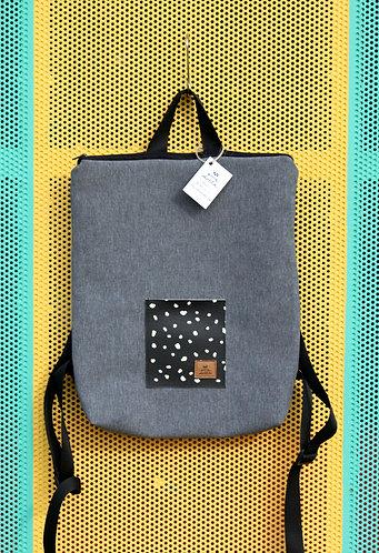 Street bag gris con bolsillo negro con lunares