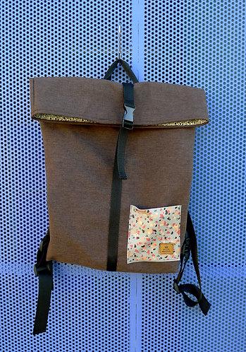 Street bag chocolate con bolsillo terrazo naranja
