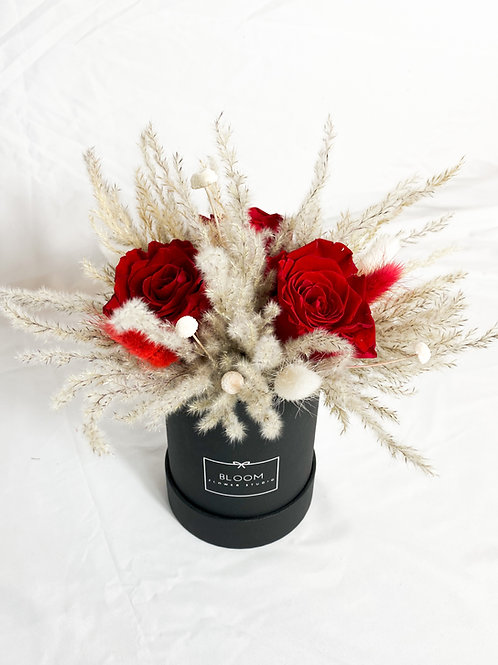 "Dried Flowers Box ""Love"""