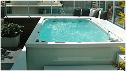14fX Hydropool Swim Spa