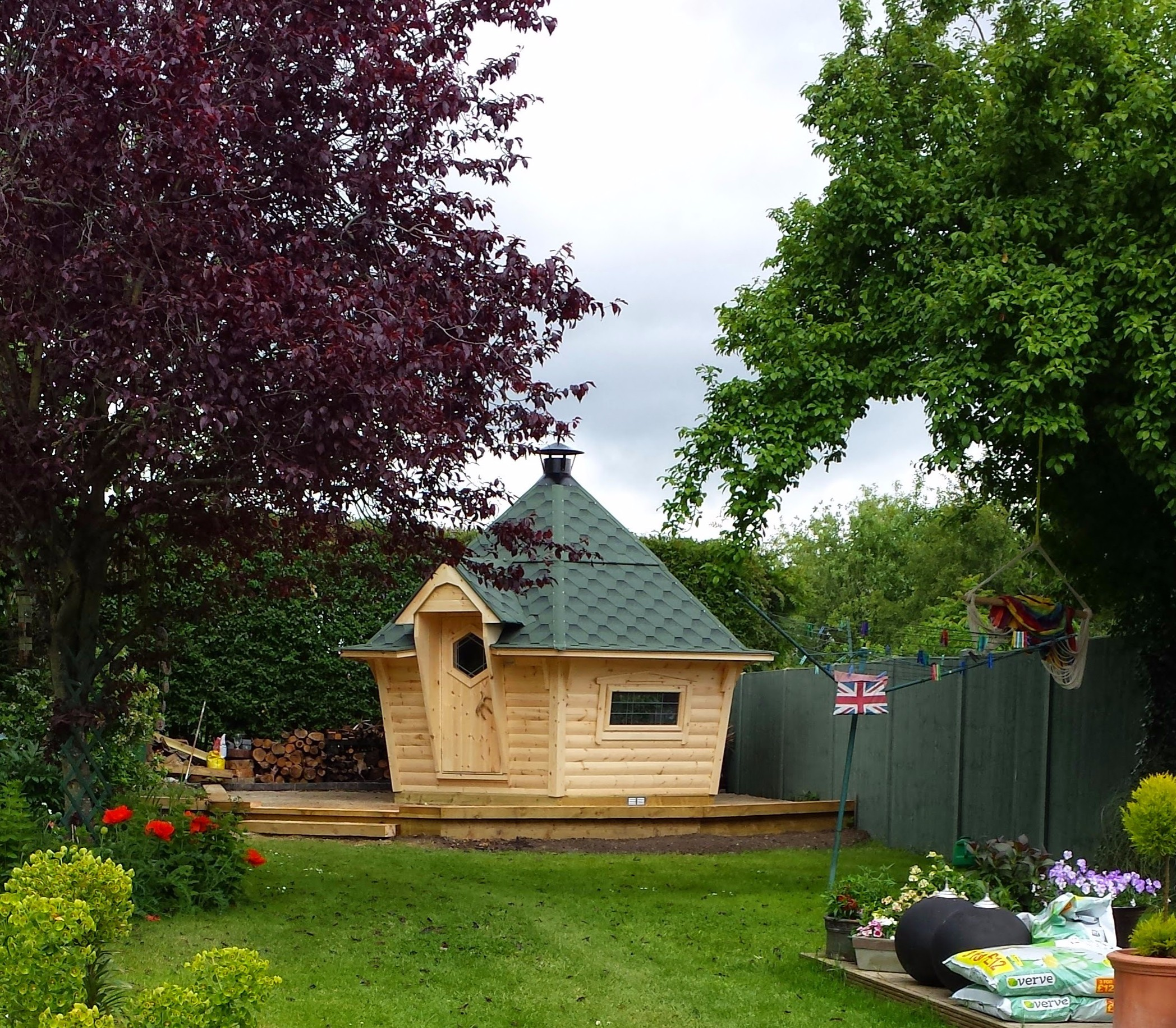 10m² Arctic Cabin green roof