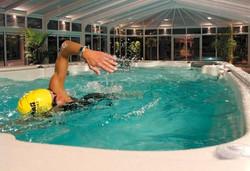 17fX AquaTrainer Swim Spa