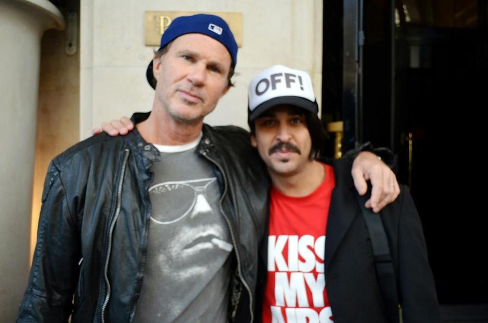 Chad Smith e Luiz Fernando em Paris 2011