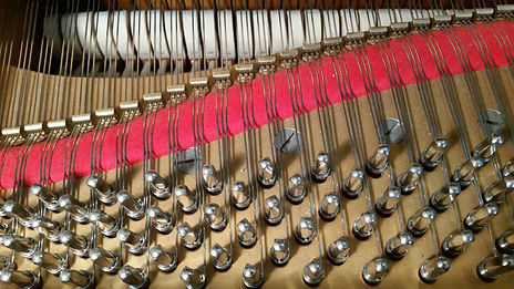 Steinway strings and felt