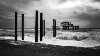 West Pier Noir II