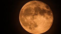 96% Waning Flower Moon II