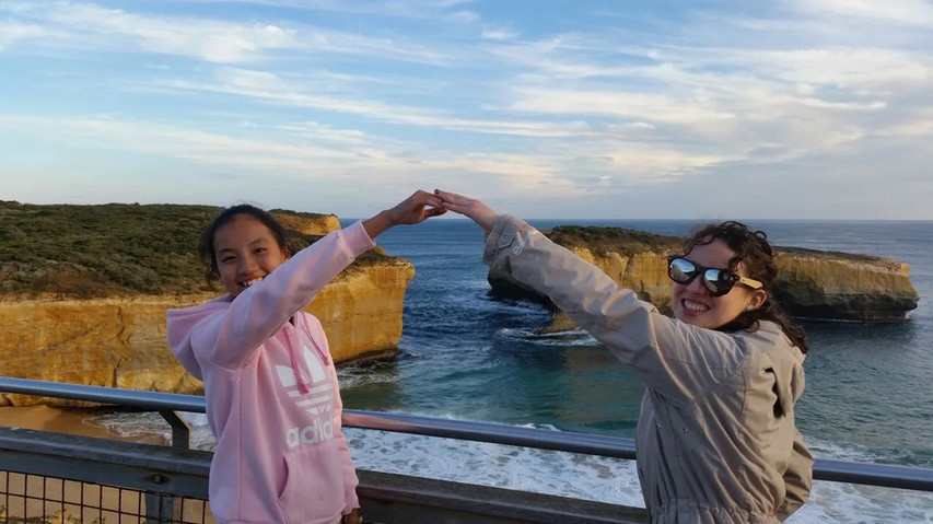 London Bridge on the Great Ocean Road Tour from Geelong and Torquay