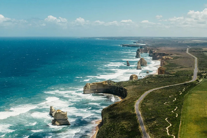 Great Ocean Road day trip from Geelong and Torquay.