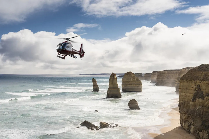 12 Apostles Helicopters on the Great Ocean Road.