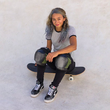 Lizzie Armanto on female skate communities and tackling the loop of death - Hypebae