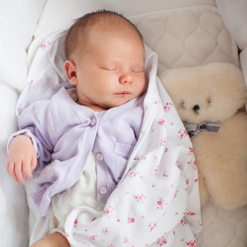 newborn baby female photographer