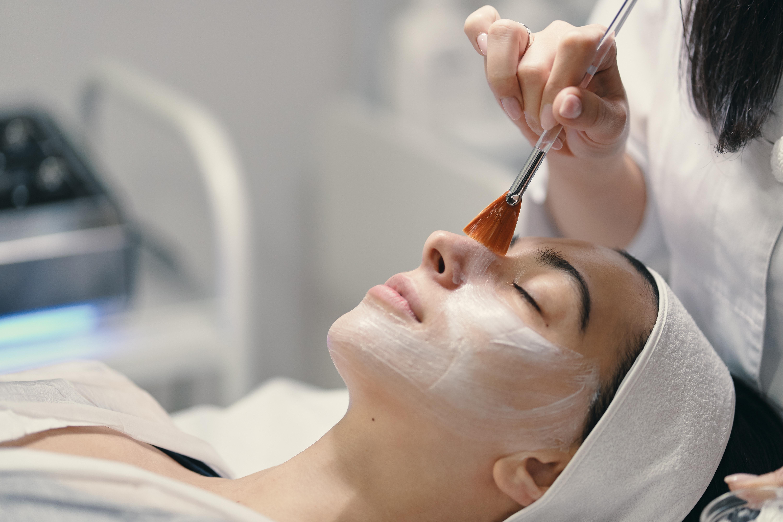 Anti-Aging Peptide Facial