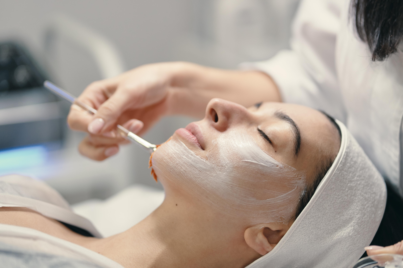 European Deep Cleansing Facial