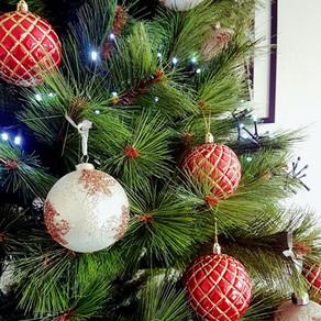 Kolmen joulupaketin tarina