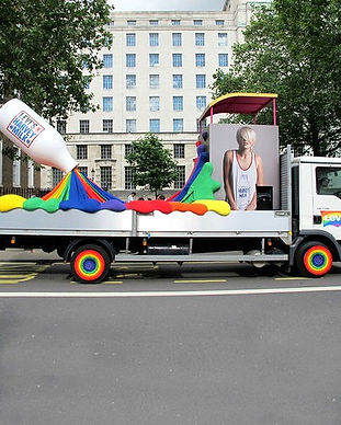 Studio+Makecreate+Levi's+Pride+Float+Lon