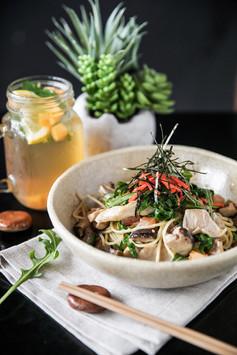 Eiju Pasta Lunch Asian Mushrooms (LowRes