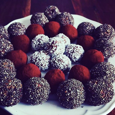Happy&energized with these mouthwatering powerballs
