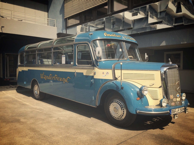 Active Oldtimer Mercedes Bus mieten O 3500 - 6_edited