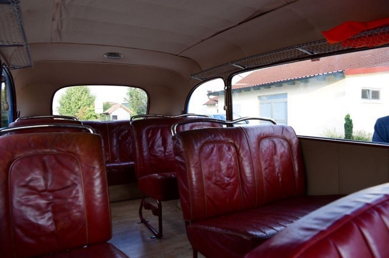 Active Oldtimer Bus mieten Opel Blitz 1.5 innen2