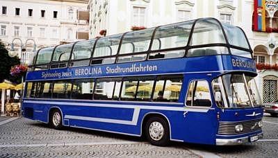 Active Oldtimer Bus mieten Doppeldecker DoLux aussen seite_edited