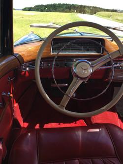 Active Oldtimer George Gluch Mercedes Benz 220 S Ponton Coupe mieten und selber fahren - 13