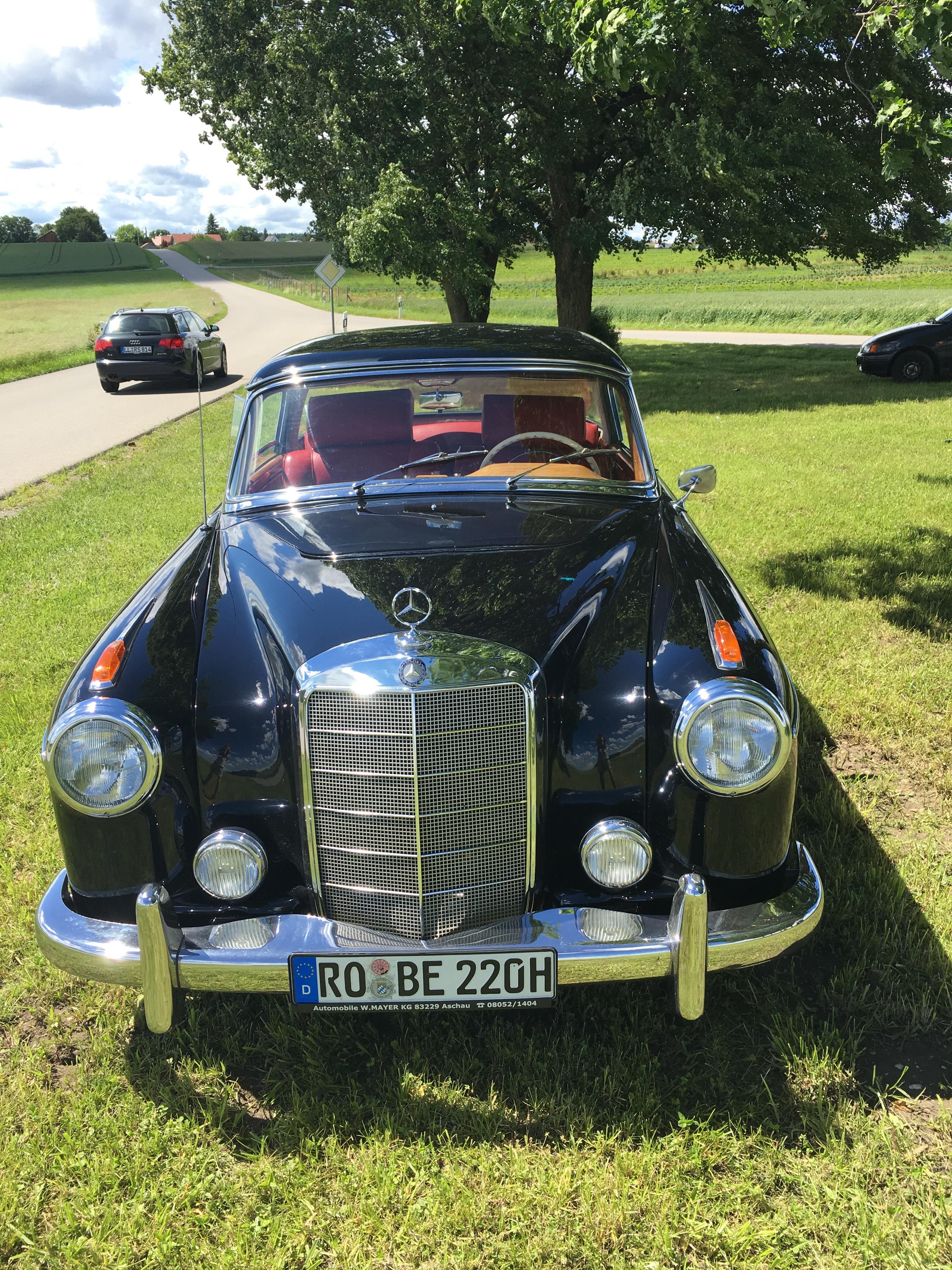 Active Oldtimer George Gluch Mercedes Benz 220 S Ponton Coupe mieten und selber fahren - 7