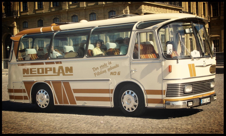 Oldtimer Bus Neoplan Mieten