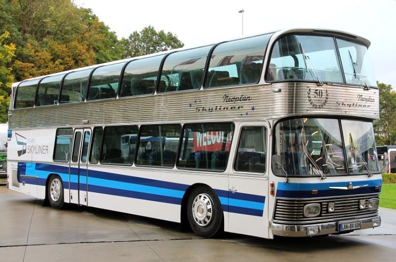 Active Oldtimer Bus mieten Doppeldecker Neoplan Skyliner