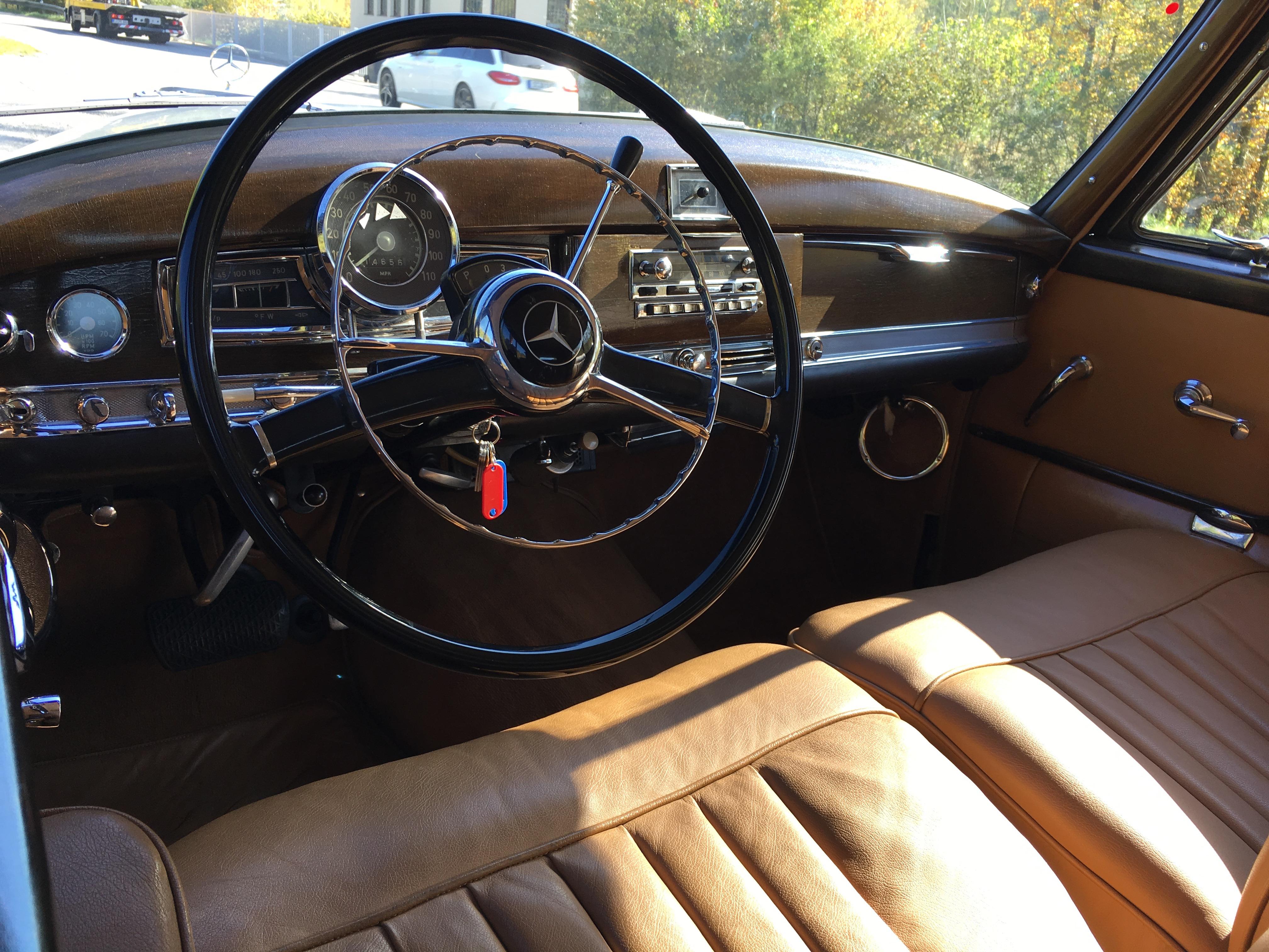 Active Oldtimer Mercedes-Benz 300 Adenauer Cabrio - 21