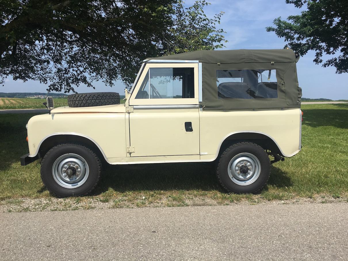 Active Oldtimer Land Rover Mieten - 4