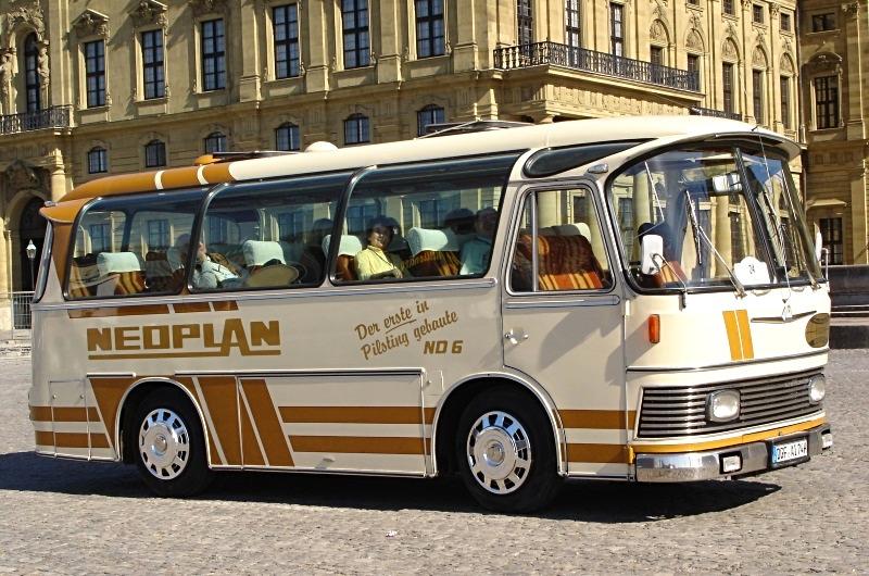 Active Oldtimer Bus mieten Neoplan ND6 aussen