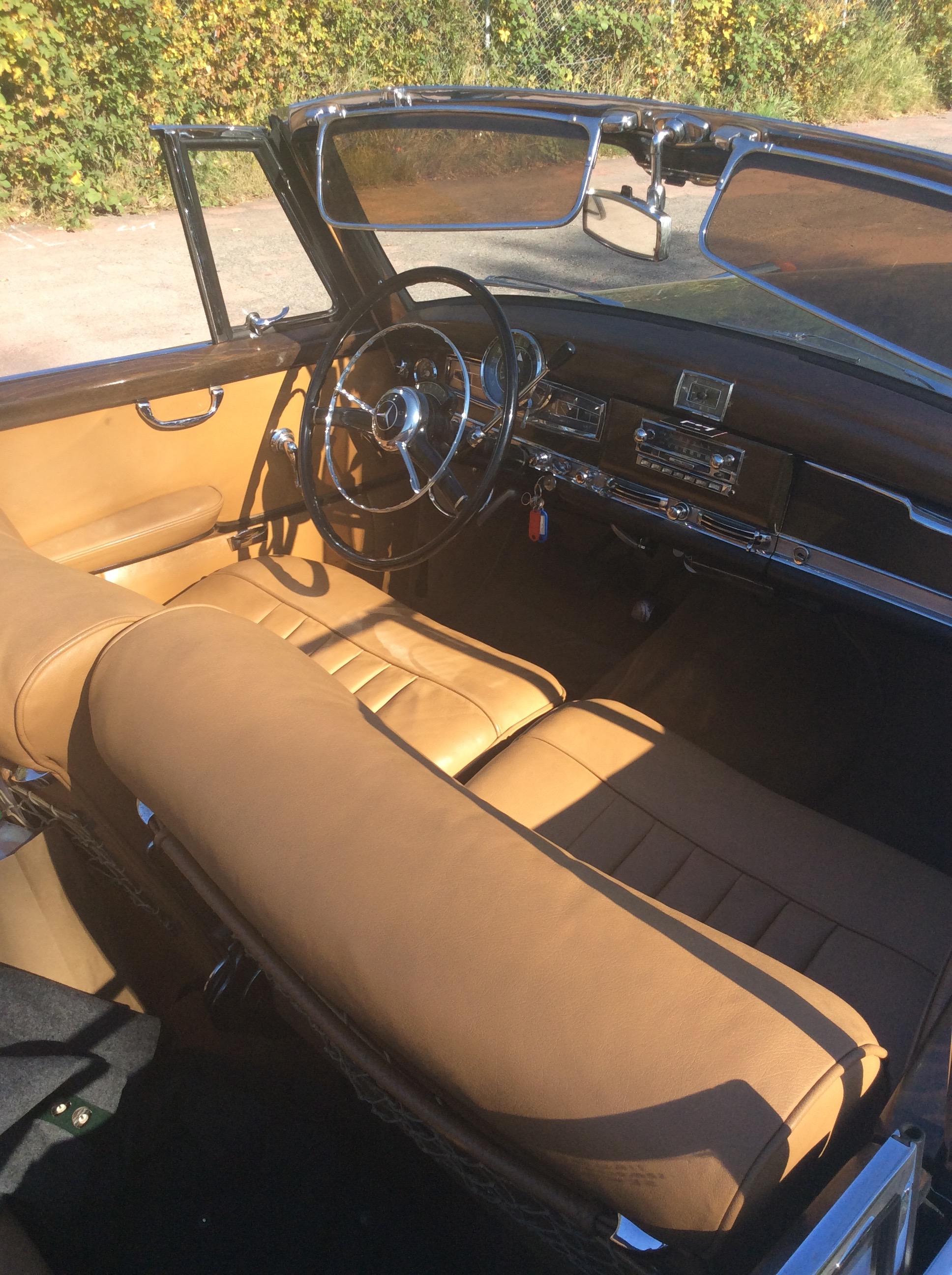 Active Oldtimer Mercedes-Benz 300 Adenauer Cabrio - 31
