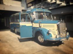 Active Oldtimer Mercedes Bus mieten O 3500 - 1_edited