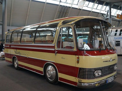 Active Oldtimer Bus mieten Neoplan NH 6