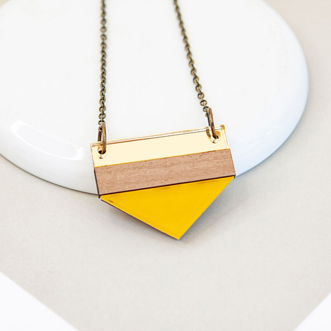 Point Necklace - Yellow