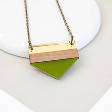 Point Necklace - Green
