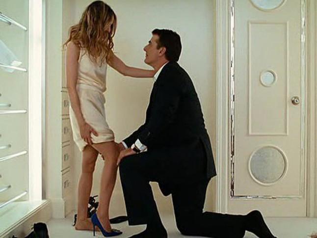 Carrie-Bradshaw-Mr-Big-Shoe-Proposal.jpg