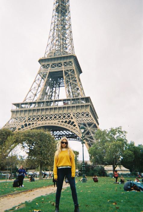Clickcollector Rocking Eiffel Tower