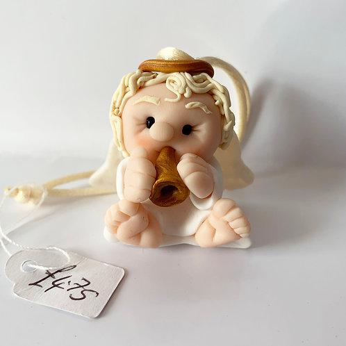 Angel (holding a horn)