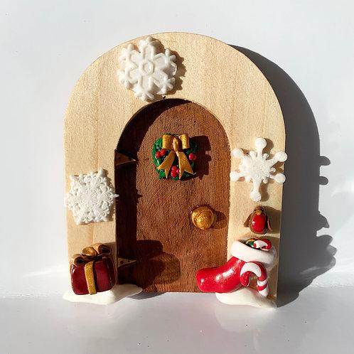 Christmas Fairy Door 4