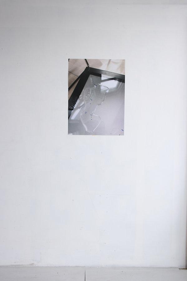 SDD_05_67.5x50.5cm.jpg