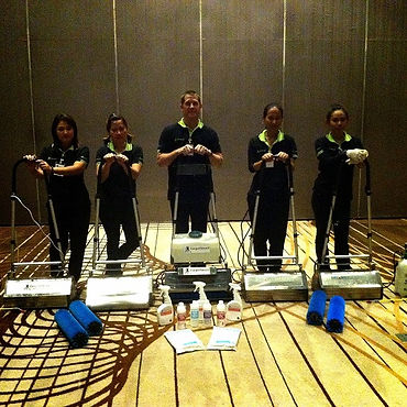 Bangkok carpet cleaning team.jpg