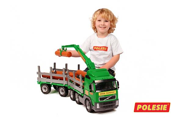 Բեռնատար մեծ  մեքենա գերաններով  '' Полесье ''