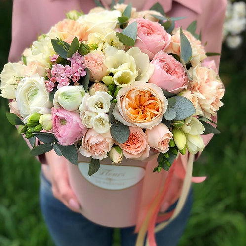 Цветы в шляпной коробке - 02